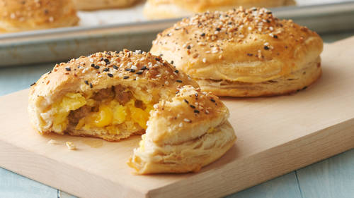 Camping Freezer-Friendly Everything Bagel Biscuit Bombs